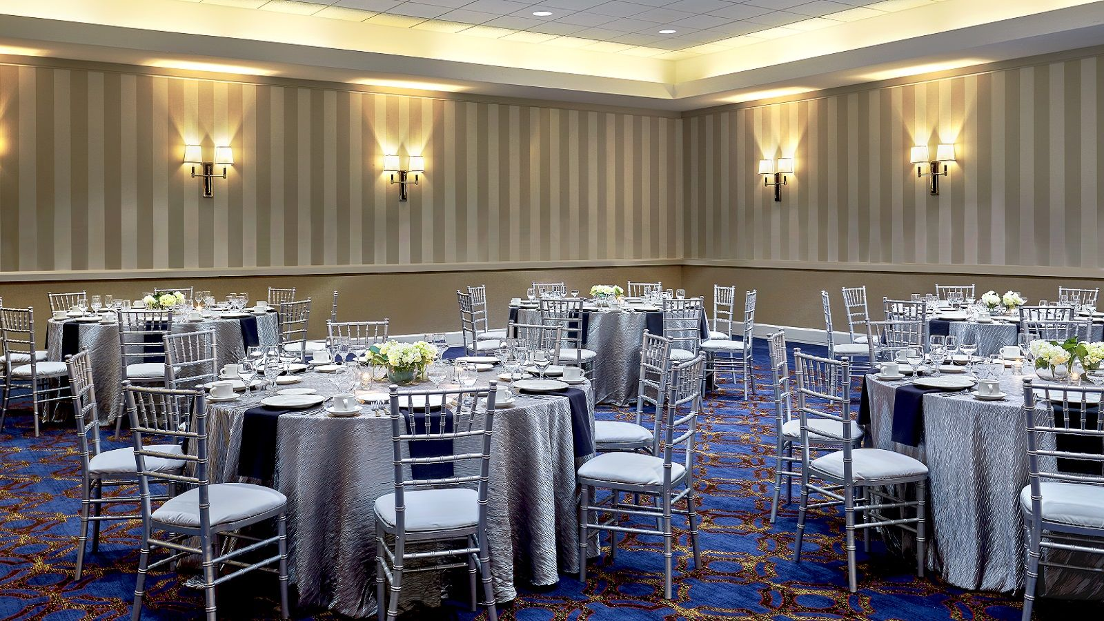 Sheraton Milwaukee Brookfield Hotel - Event Space